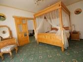 polovnicky hotel diana
