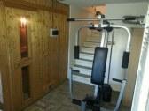 Sauna / posilovaci stroj