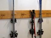 priestor na odkladanie lyží