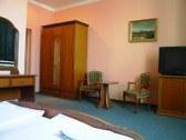Hotel HUBERT - Nové Zámky #2