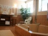 Hotel HUBERT - Nové Zámky #13
