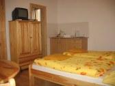 Izba - štúdia (4)   3lôžková izba s kúpeľňou a c