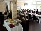 Hotel RIVER - Nitra #9