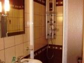 Apartmán A, kúpelňa 3