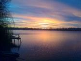 východ slnka na Slnečných jazerách v Senci