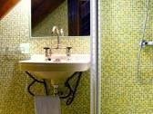WC + Sprcha na poschodí