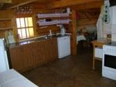 Kuchyňa,myčka,sporák,mikro,pohľad zo zadnej izby