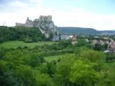 Pohľad na hrad zo spálne