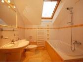 Apartmán pre 4 - 6 osôb - kúpeľňa