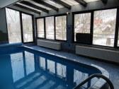 Bazén z iného pohľadu