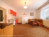 kuchyňka v apartmáne