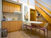 ap.č. 57 obývacia izba s kuch kútom