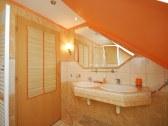 Apartmánový dom a samostatná chatka ELEGANT - Liptovské Sliače #9