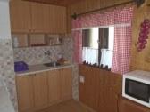 kuchynka-veľká časť chaty