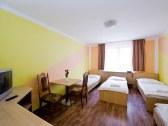 Horský hotel EVA - Svätý Jur #6