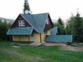 chata LT1 z hlavnej cesty