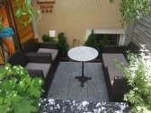 sedenie zadnej terasy Restaurant VILLA IVICA