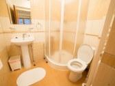 APT 1 - kúpeľňa s WC