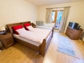 APT 1- spálňa