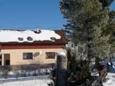 Zimný pohľad na dom