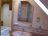 Apartmán B, kúpelňa 4