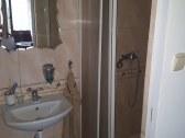 Sprcha v č.4
