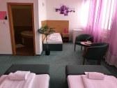 Hotel HUBERT - Nové Zámky #21