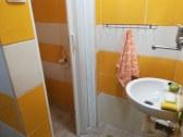 kúpeľka na prízemí