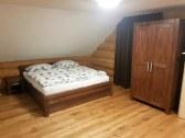 Manželská posteľ v apartmáne č.2