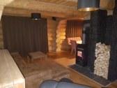 Obývačka s kachľami