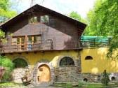 chata v rekreacnej oblasti zochova chata