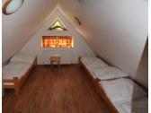 izba č.5 - podkrovie 3 postele