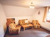 Dvojizbový trojlôžkový apartmán- obývačka