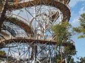 vyhliadková veža nad Bojnicami-Čajka v oblakoch