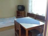 jedálenský stôl s posedením