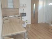 veľký apartmán - kuchyňa s dvomi lôžkami