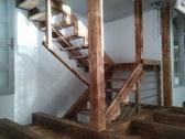 A3 schodište na 1. poschodie